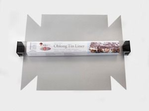 OblongTin_W_Packaging (WEB)